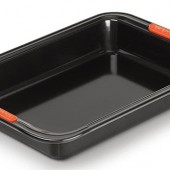 Le Creuset Rectangular Cake tin